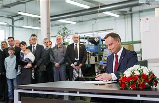 Polish president signs bill to increase ease of doing business
