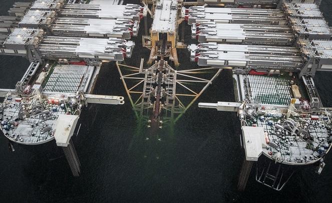 Укладка газопровода Nord Stream II в Финском заливе