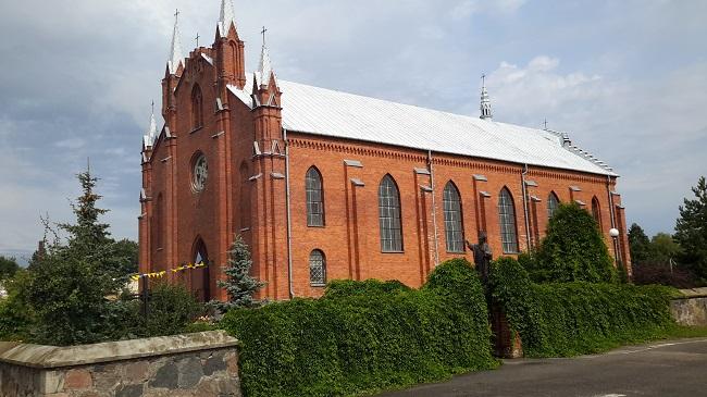 Касьцёл у Нарачы, дзе была ахрышчаная Марыя Качыньска