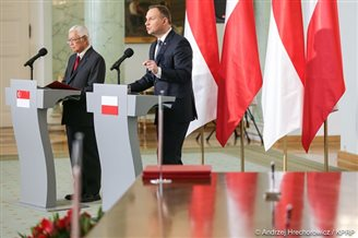 Poland and Singapore's presidents meet to drum up business