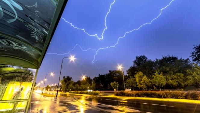 У Познані також були і злива і блискавки