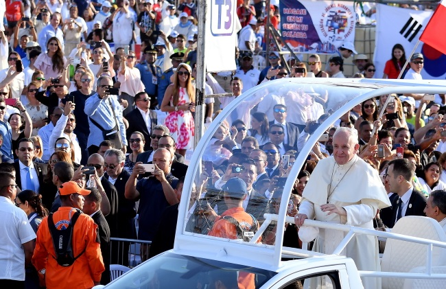 Pope Francis arrives to lead a World Youth Day mass in Panama City on Sunday. Photo: EPA/ETTORE FERRARI