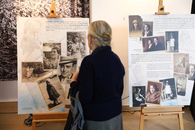 Виставка присвячена полякам, які рятувли євреїв - Варшава