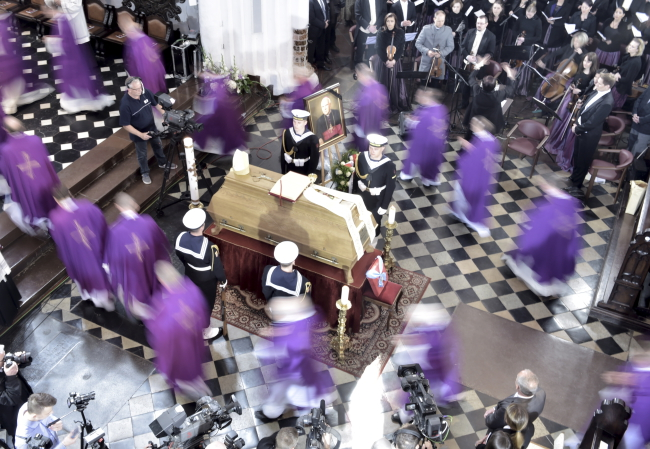The funeral was held on Friday in Gdańsk. Photo: PAP/Adam Warżawa