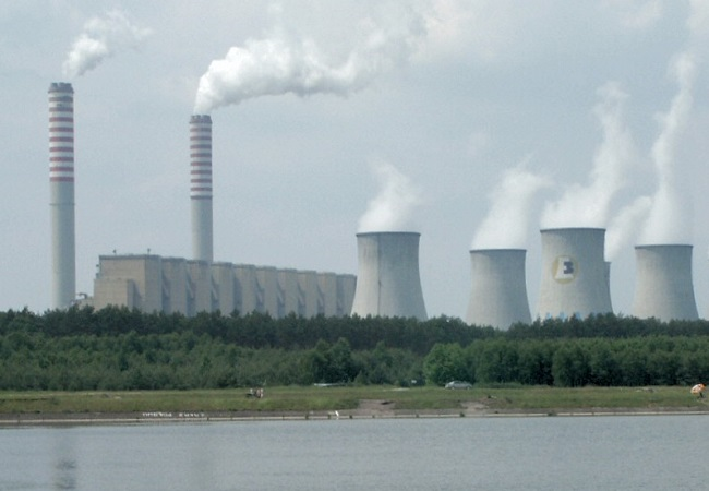 Bełchatów Power Station in central Poland. Photo: Wikimedia Commons/Pibwl.
