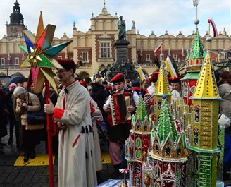 Christmas creches captivate Krakow crowds
