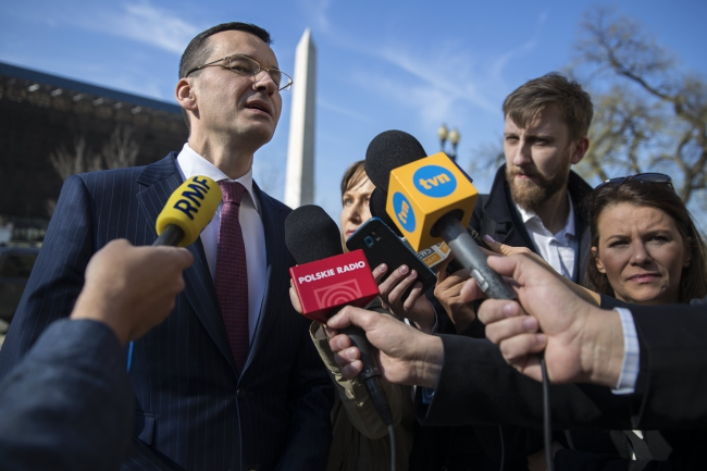 Polish deputy prime minister Mateusz Morawiecki participates in a press briefing outside the US Department of Commerce in Washington, DC, USA, 03 April 2017. Photo: EPA/SHAWN THEW