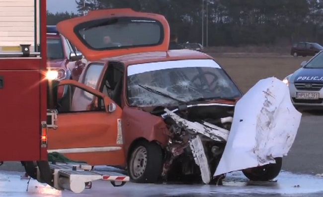 One of the cars involved in the accident. Photo: Screenshot/x-news