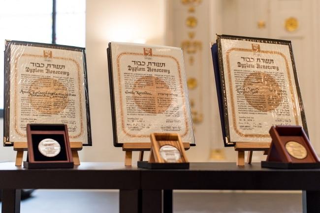 Righteous Among the Nations awards. Photo: PAP/Maciej Kulczyński