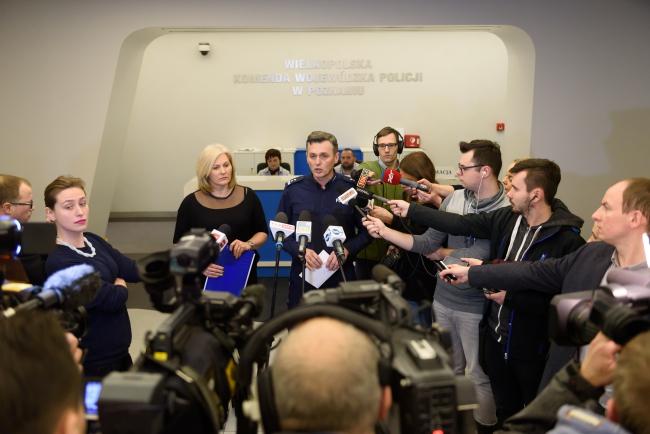 The police held a press conference follow the arrest. Photo: PAP/Jakub Kaczmarczyk