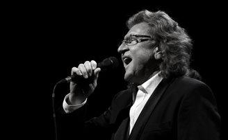 Polish music legend Zbigniew Wodecki dies