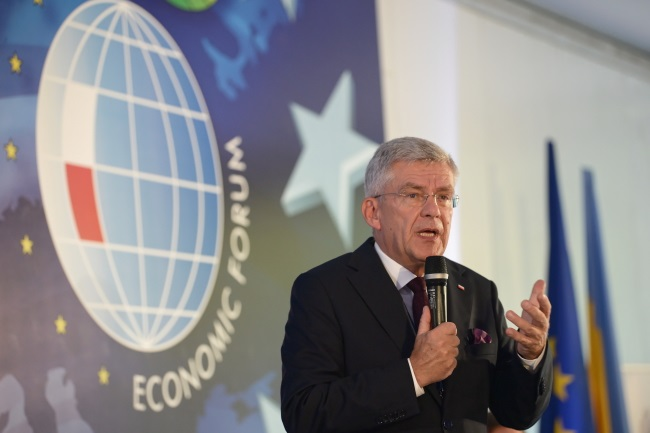 Polish upper-house Speaker Stanisław Karczewski addresses participants of the Krynica Economic Forum on Tuesday. PAP/Darek Delmanowicz