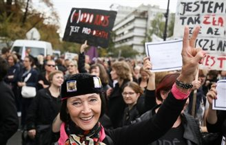 UPDATE: Protest against bid to ban abortion in Poland