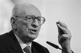 Władysław Bartoszewski dies at 93