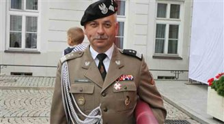 Polish general takes commanding NATO role