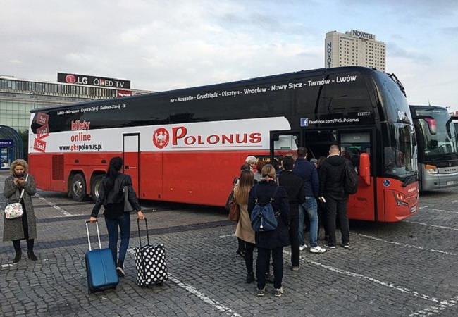 A bus in Warsaw. Photo: Michał Beim/Wikimedia Commons (CC BY-SA 4.0)