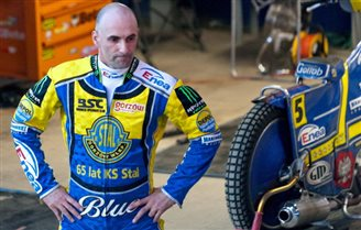 Polish speedway racer wakes from coma after crash