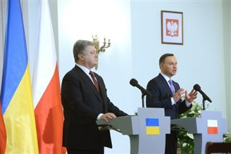 Poland supports Ukraine's battle for sovereignty: president