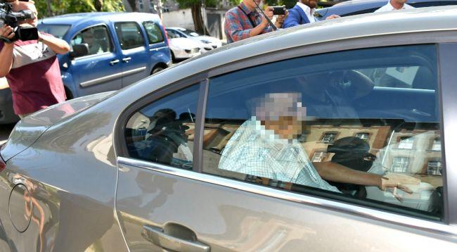 Арестованного Марека М. перевозят в прокуратуру во Вроцлав. Foto: PAP/Maciej Kulczyński
