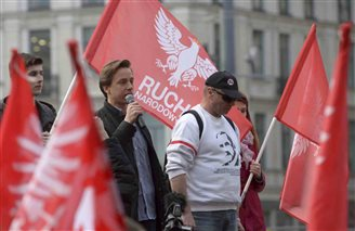 Nationalists slam return of Warsaw