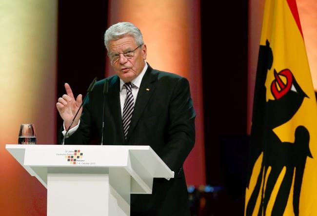 Президент Германии Йоахим Гаук, фото - PAP/EPA/RALPH ORLOWSKI