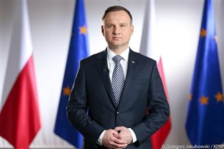 Polish president indicates 2018 date for Constitution referendum