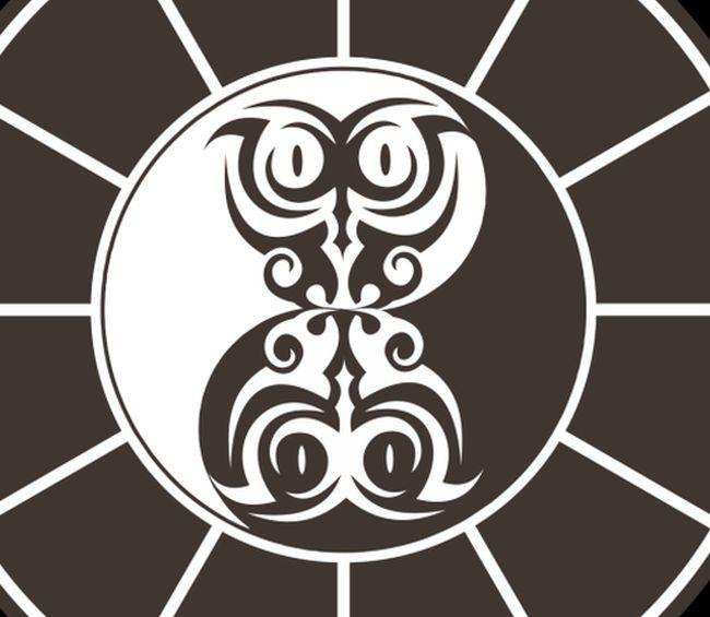 Фрагмент логотипа варшавского клуба и игры «ЧТО? ГДЕ? КОГДА?»
