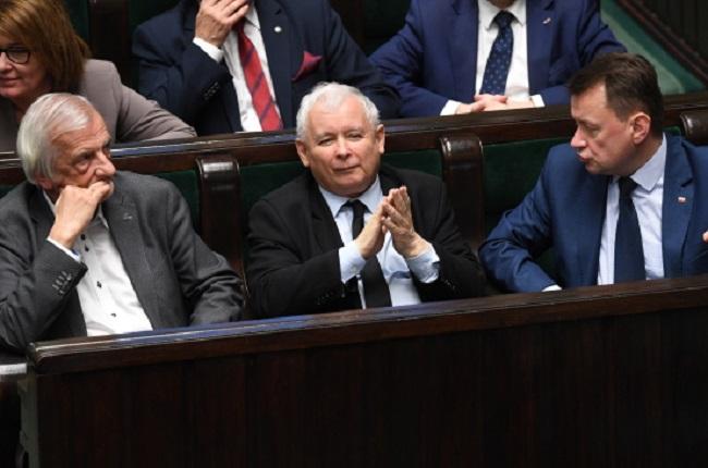 Law and Justice MPs Ryszard Terlecki, Jarosław Kaczyński and Defence Minister Mariusz Błaszczak. Photo: PAP/Radek Pietruszka