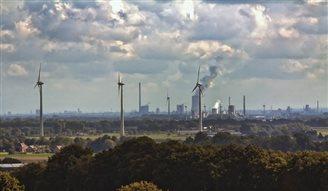 В Польше выросли объемы промышленного производства и розничной торговли