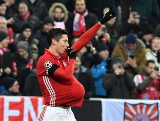 Polish football star to become a father