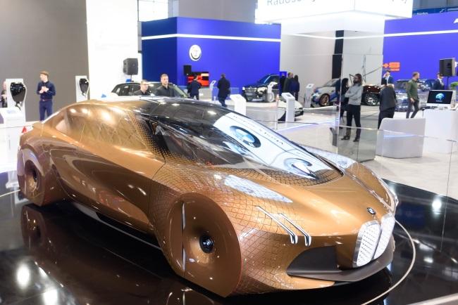 A BMW concept car on display at the Poznań Motor Show. Photo: PAP/Jakub Kaczmarczyk
