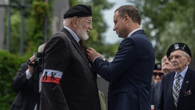 Prezydent Andrzej Duda odznacza Powstańców Warszawskich