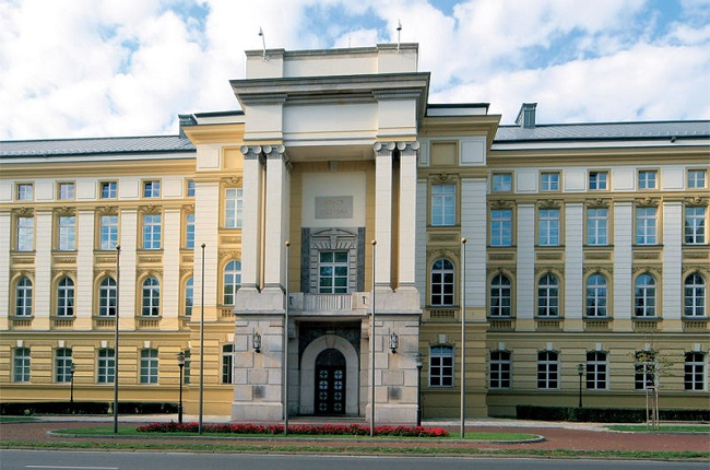 The Prime Minister's Office in Warsaw. Photo: Prajar90/Wikimedia Commons
