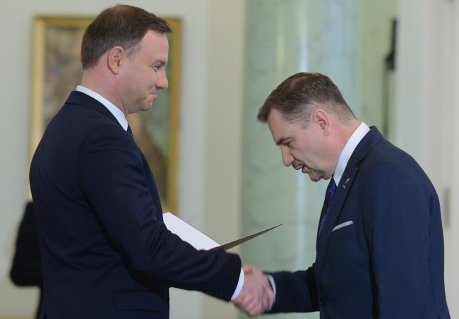 Piotr Duda (R) was appointed to the RDS by Polish President (L). Photo: PAP/Jacek Turczyk