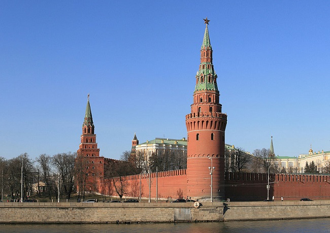 The Kremlin. Photo: Ludvig14 [CC BY-SA 3.0 (https://creativecommons.org/licenses/by-sa/3.0)], via Wikimedia Commons