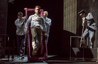 Budapest's National Theatre actors perform in Warsaw