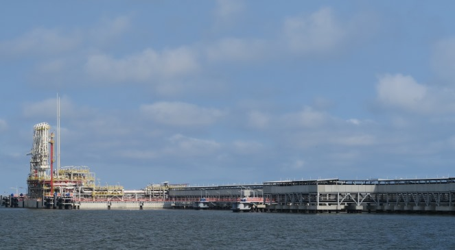 СПГ-термінал у місті Свіноустя на північному-заході Польщі