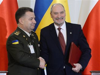 Poland, Ukraine sign defence agreement