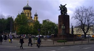 Soviet-era monument to disappear from Warsaw's Praga district