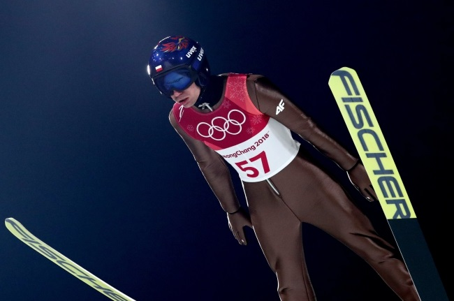 Kamil Stoch in action during the Men's Normal Hill Individual Ski Jumping qualification at the PyeongChang 2018 Olympic Games. Photo: EPA/DIEGO AZUBEL