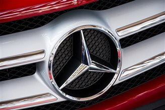 Daimler to open car engine plant in Poland
