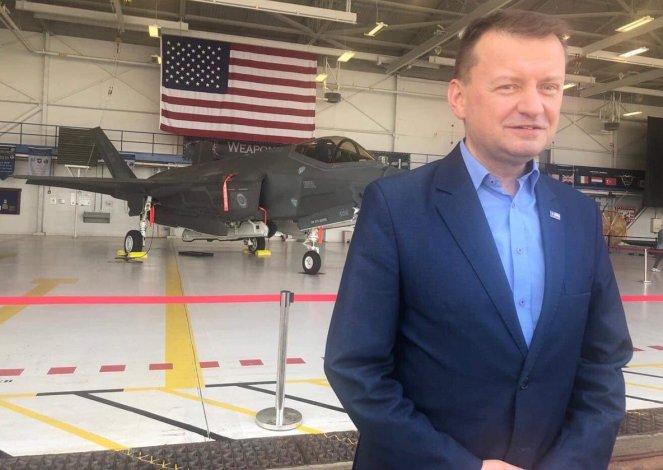 Міністр національної оборони Маріуш Блащак на авіабазі Повітряних сил США Еґлін на Флориді