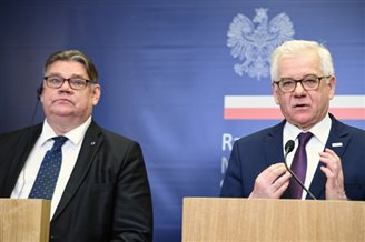Russia poses 'challenge' to EU, NATO: Polish FM