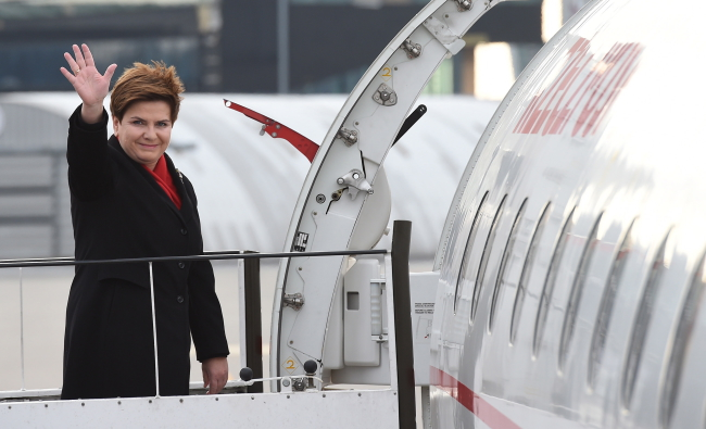 Prime Minister Beata Szydło departs for Brussels. Photo: PAP/Radek Pietruszka