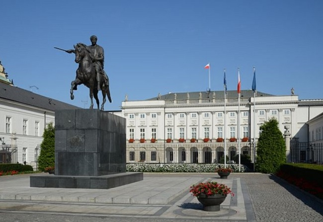 The Presidential Palace in Warsaw. Photo: Marcin Białek/Wikimedia Commons (CC BY-SA 3.0)