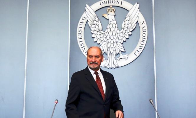 Міністр національної оборони Антоні Мацєревич на прес-конференції про російські «Іскандери»