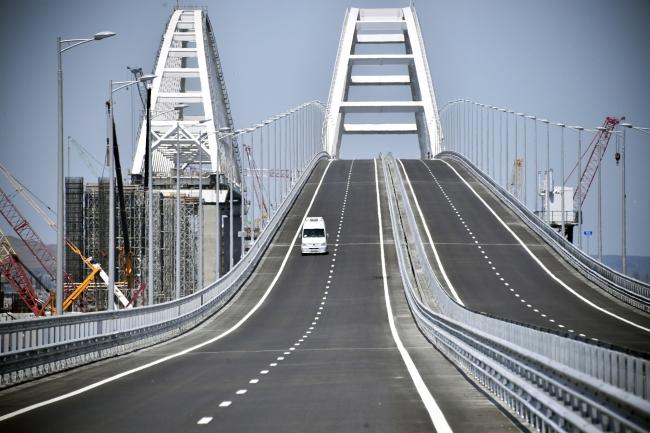 Mост праз Керчанскі праліў.