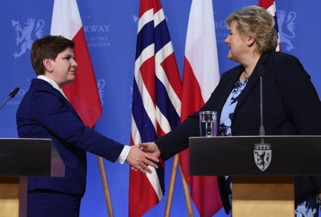 Polish PM Beata Szydło and her Norwegian counterpart Erna Solberg in Oslo. Photo: PAP/Radek Pietruszka