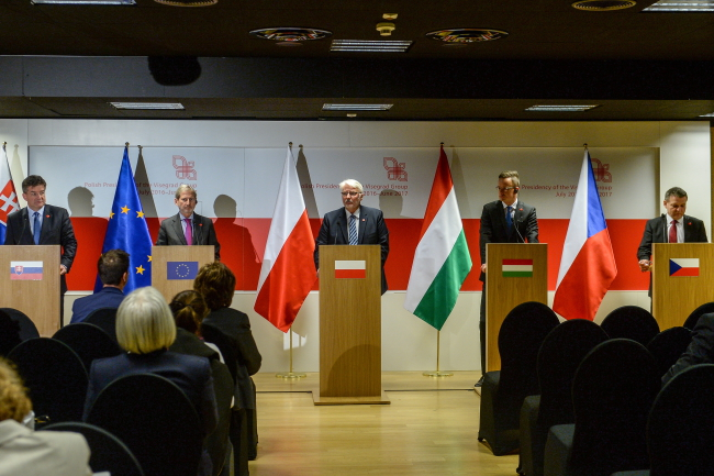 Meeting of V4 and Eastern Partnership foreign ministers in Warsaw. Photo: PAP/Marcin Obara.