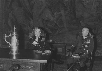 Міклаш Хорці - адмірал бяз флёту, рэгент без караля (ФОТА)